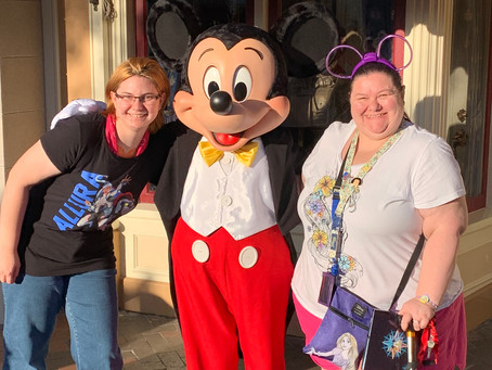 April A-Z Blogging Challenge: Character Meet & Greets at Disneyland