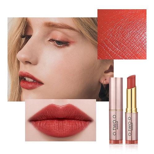 Lipstick Not Dry Waterproof Lip Balm Non Sticky 12 Colors