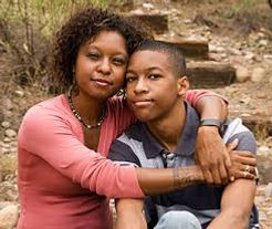 happy mom and son.jfif
