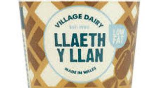 Llaeth y Llan Yoghurts Toffee (each)