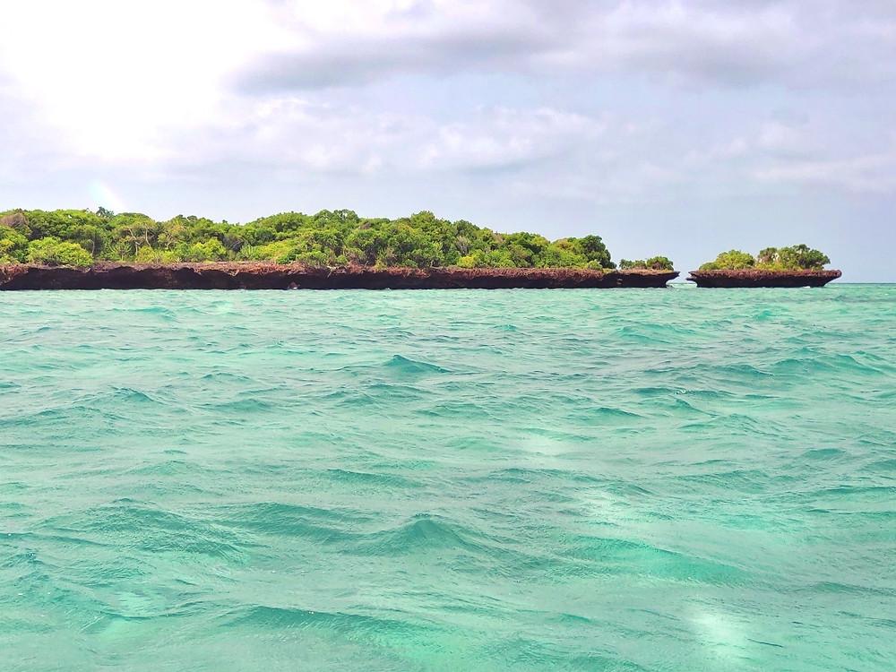 mer bleue zanzibar