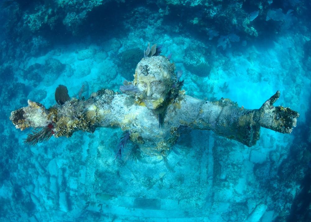 christ of abyss plongée