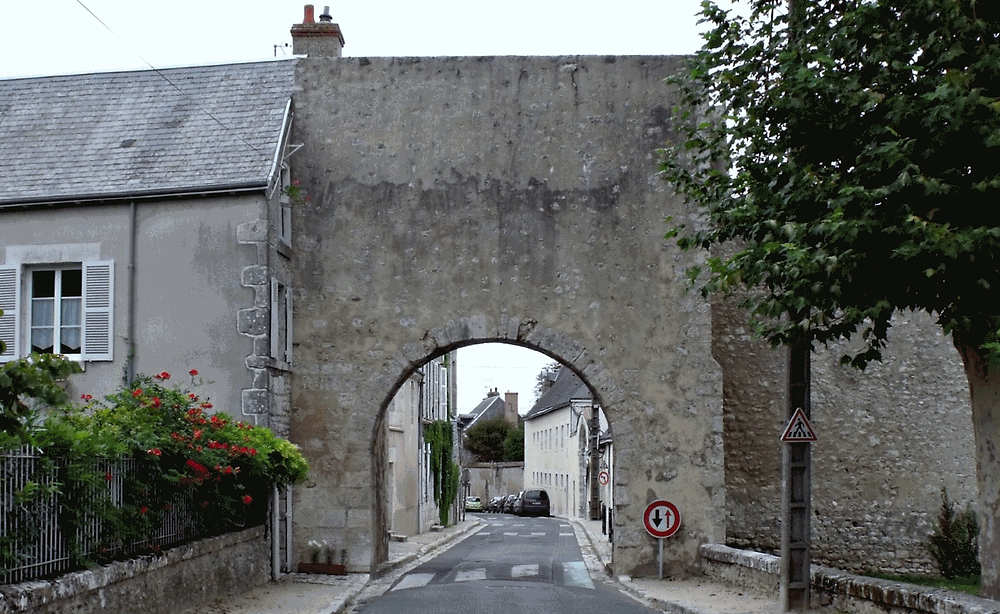 Porte Tavers Beaugency