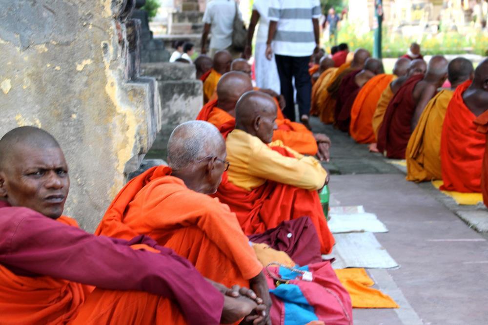 moines Mahabodhi Bodhgaya