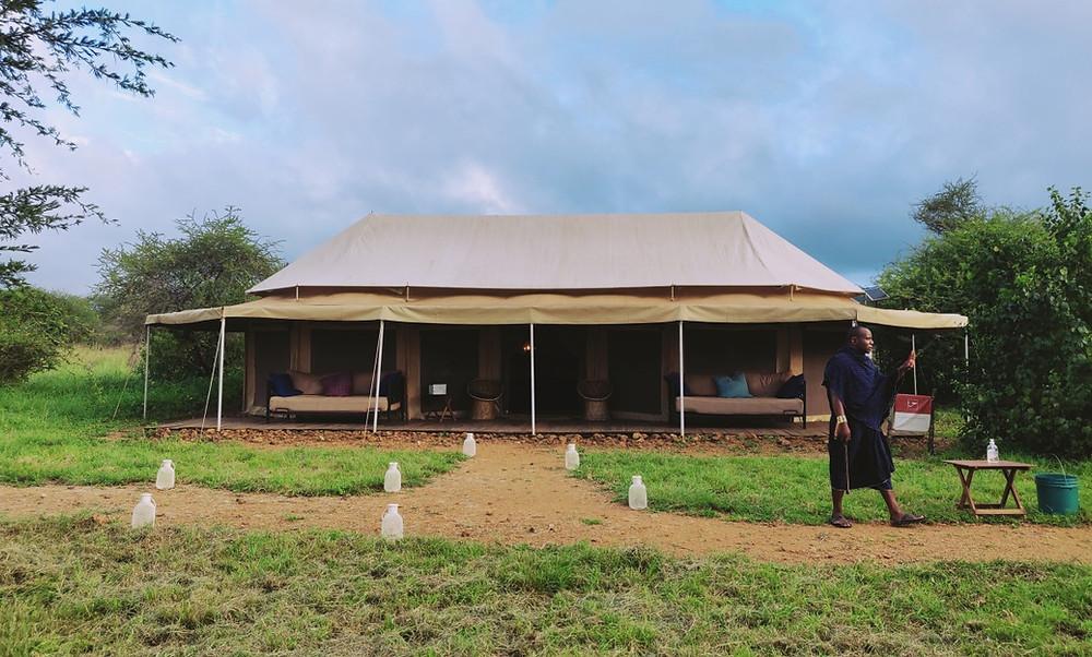 Lodge tente safari Serengeti