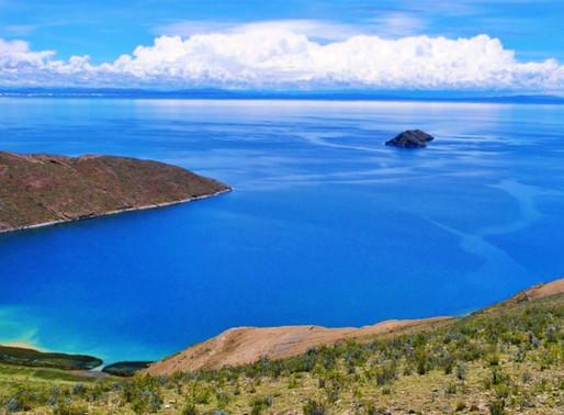 La Isla del Sol sur le lac Titicaca en Bolivie