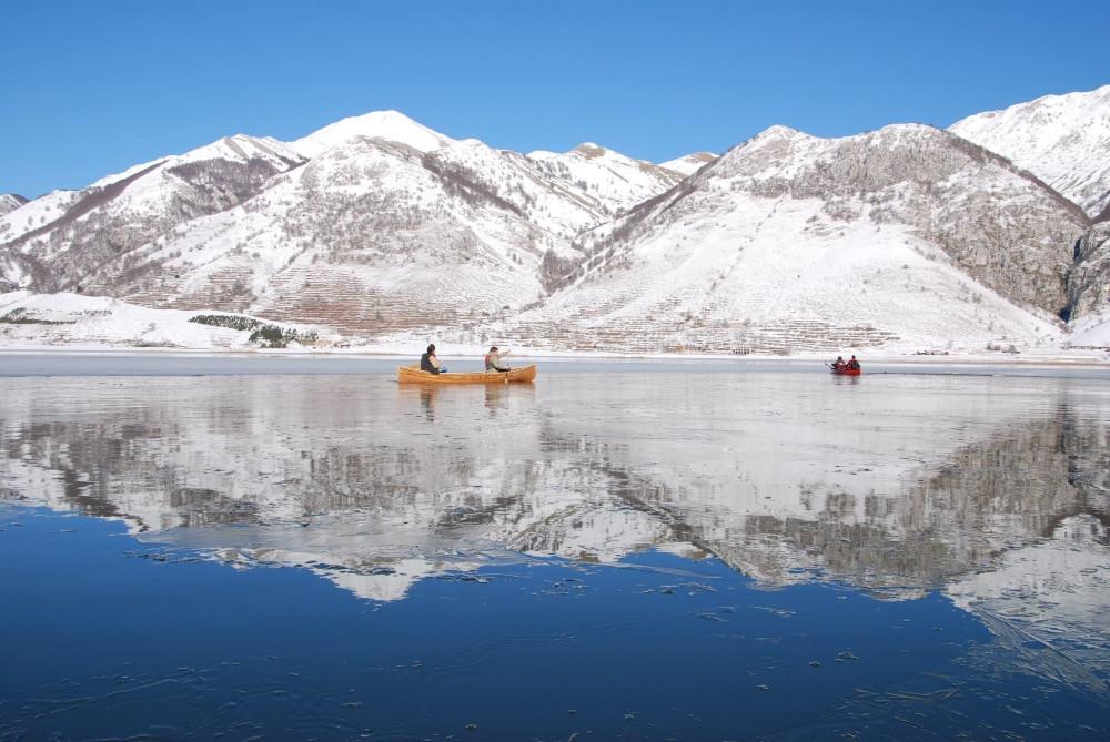 lac matese kayak hiver