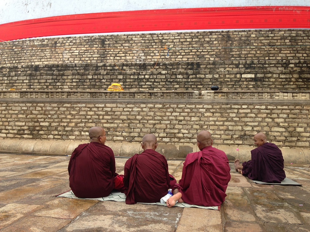 moines Anuradhapura