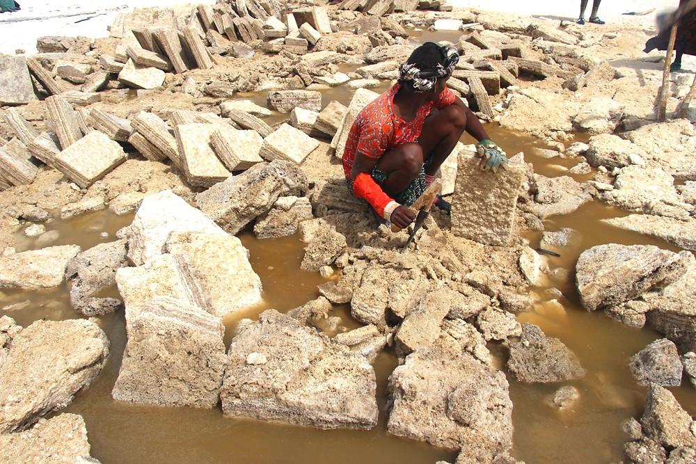 lac Karoum Ethiopie travail du sel