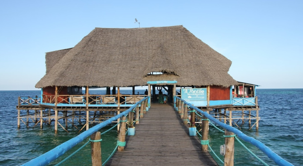 restaurant plage kiwengwa