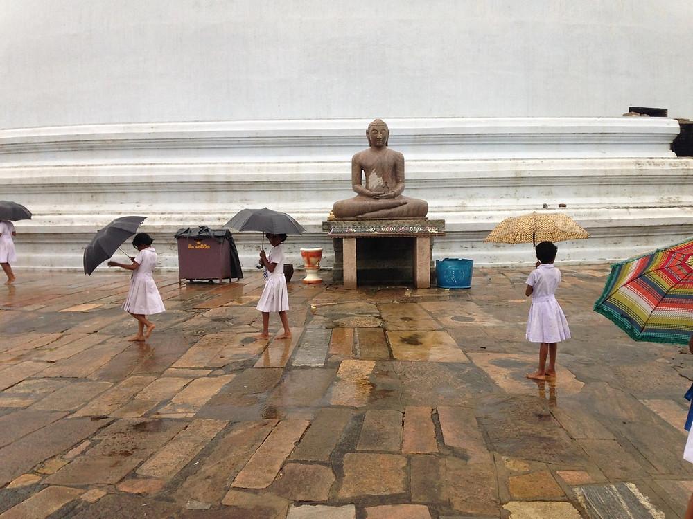 écoliers anuradhapura
