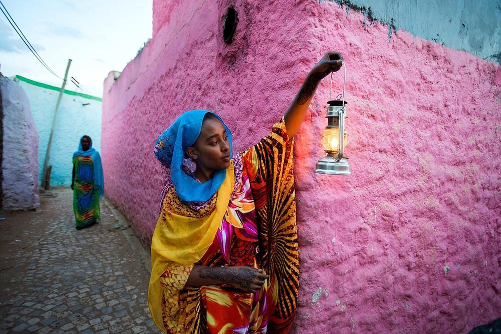 murs roses Harar Jugol en Ethiopie
