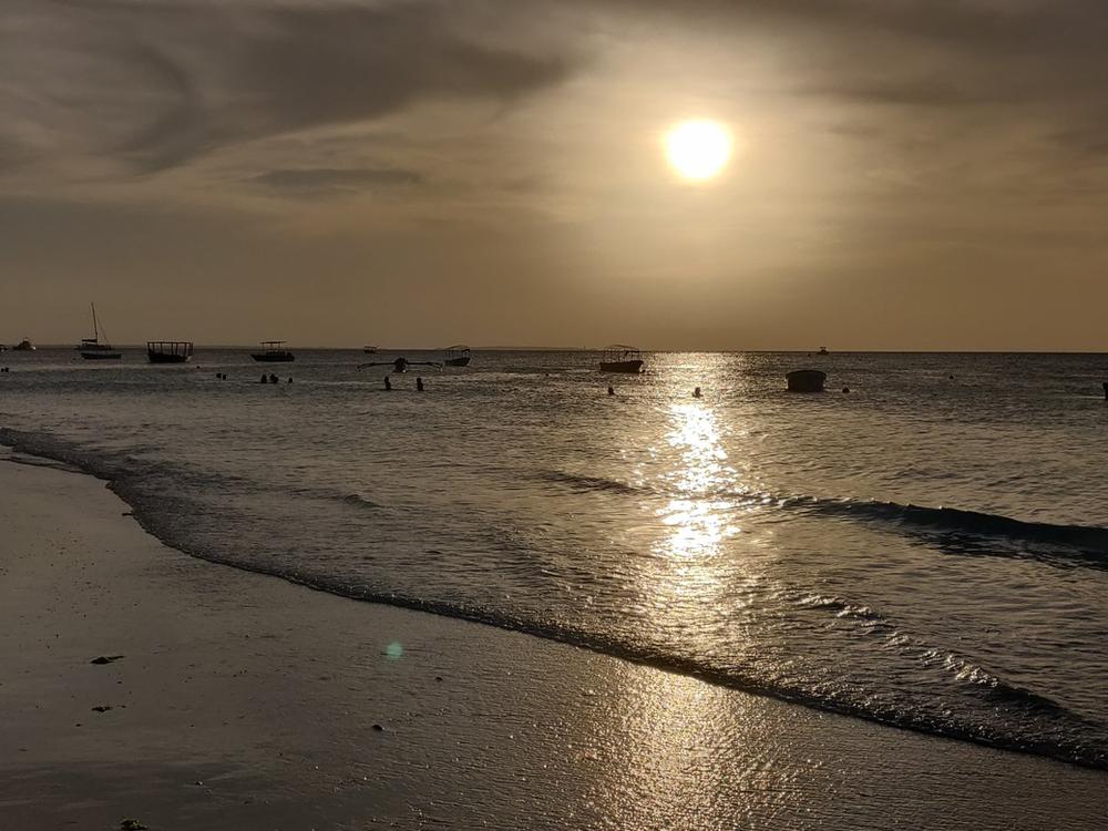 Nungwi plage coucher de soleil