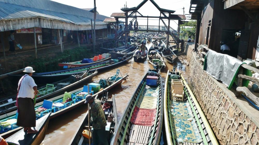 Lac Inlé marché flottant