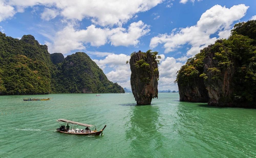 Décor james bond thailande