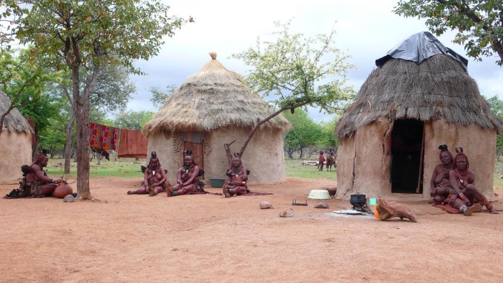 village himba Kamanjab, Namibie