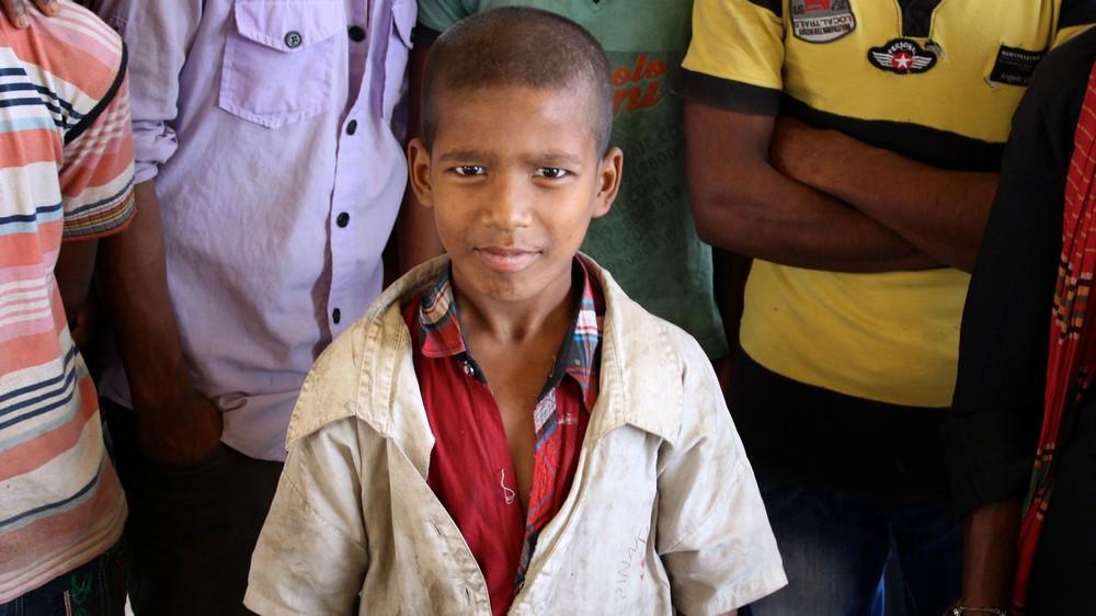 enfant de la rue Gare Dhaka Bangladesh