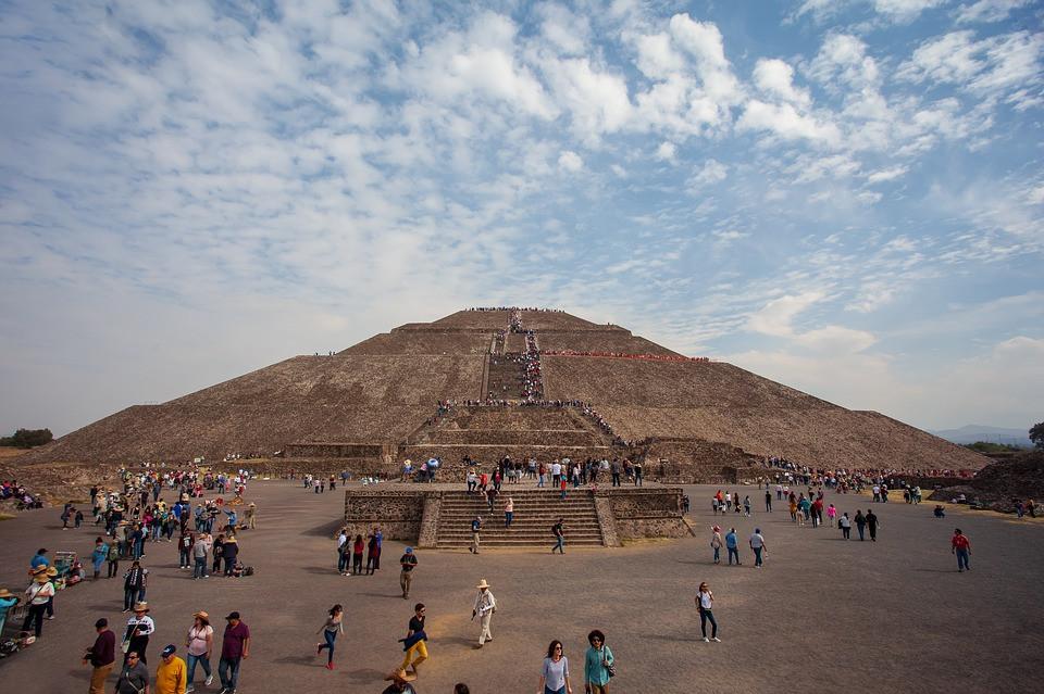 pyramide du soleil mexique