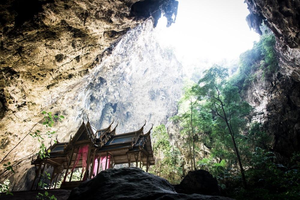 Temple Phraya Nakhon Cave