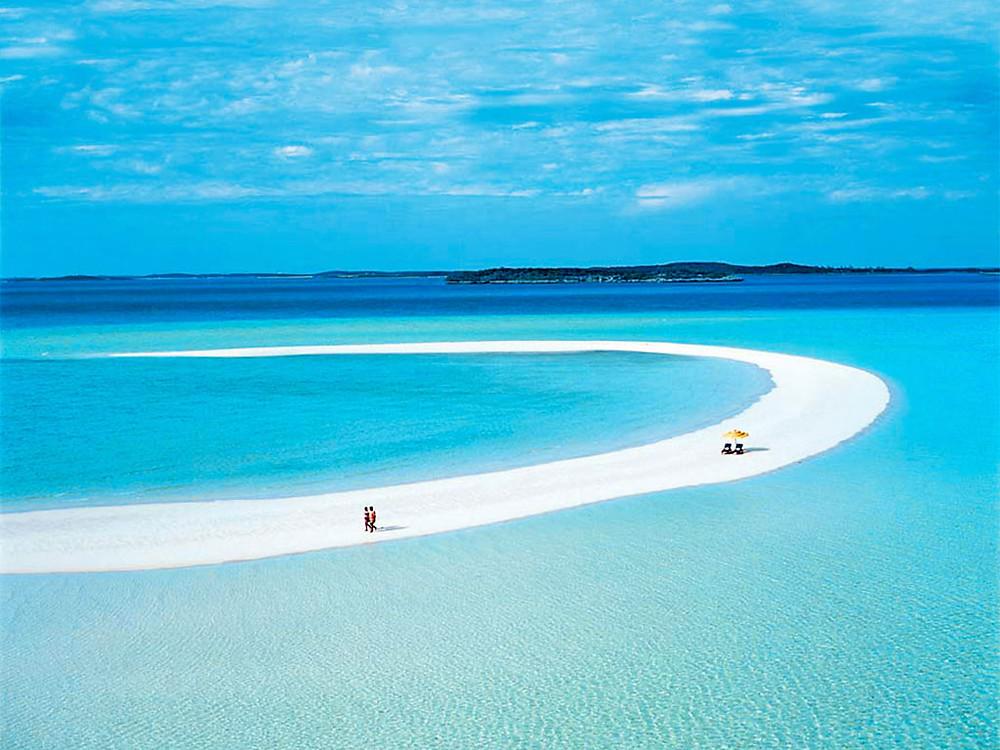 Musha Cay aux Bahamas CHEMIN DE SABLE