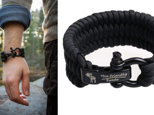 un bracelet de survie en paracorde