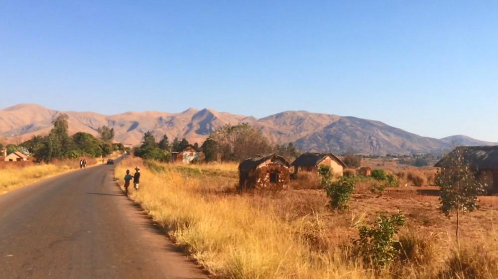route d'Antsirabé à Miandrivazo