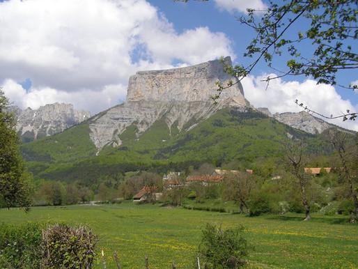 Le Mont Aiguille dans le Vercors en France