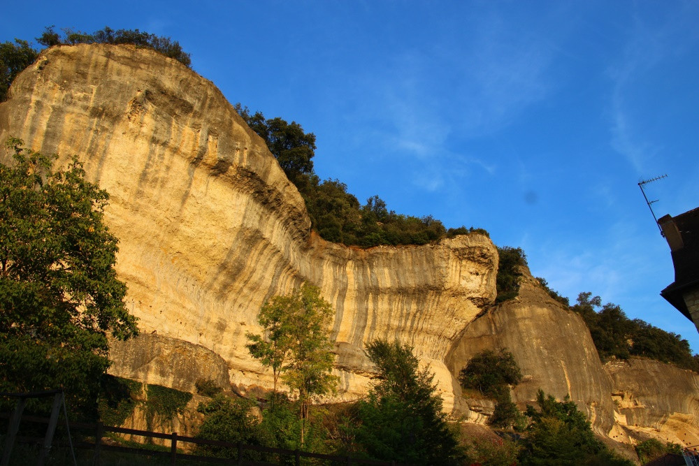 Périgord Dordogne vacances Eyzies