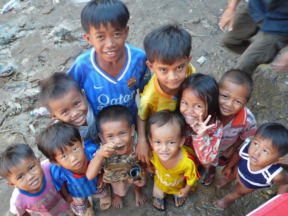 Famille au Cambodge Kratie