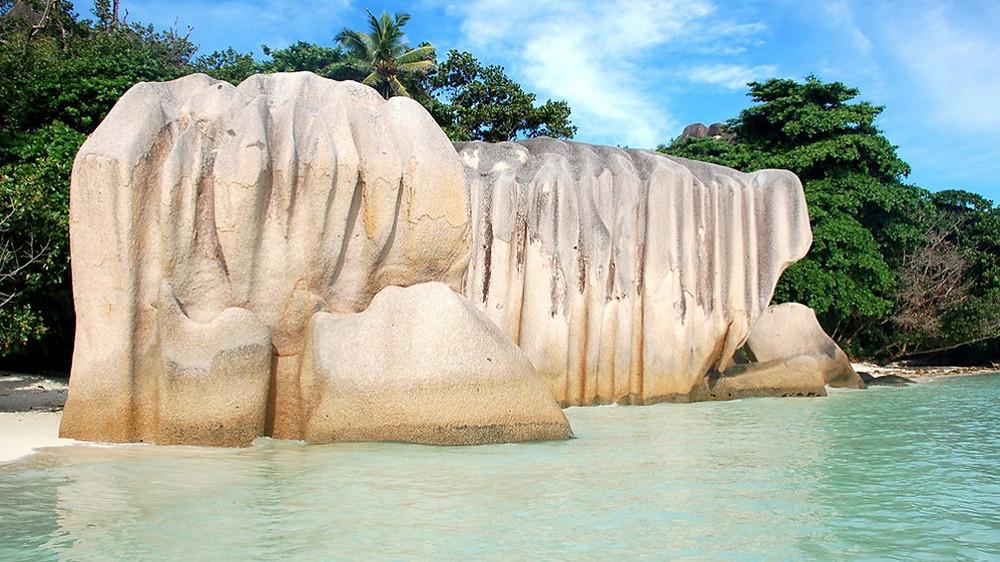 Rocher digue seychelles Anse Source d'Argent