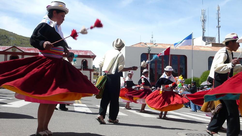 Puno danseuses Festividad de la Virgen de la Candelaria
