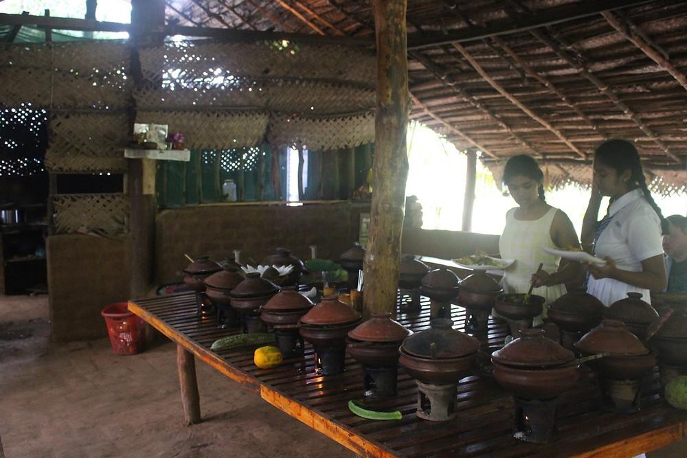 déjeunerà Polonnaruwa