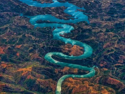 L'Odeleite, la Rivière du Dragon Bleu au Portugal