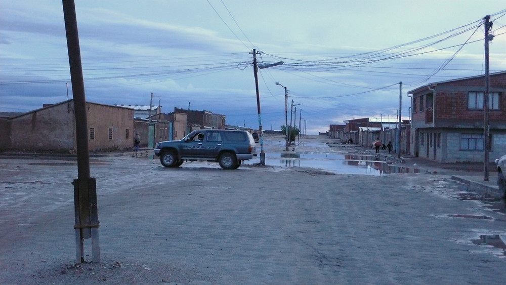 rue 4x4 ville d'Uyuni en Bolivie