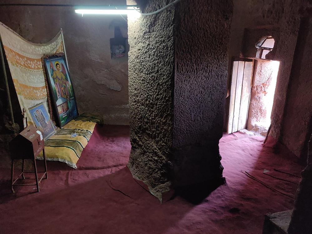 intérieur églises cité Monastique de Lalibela