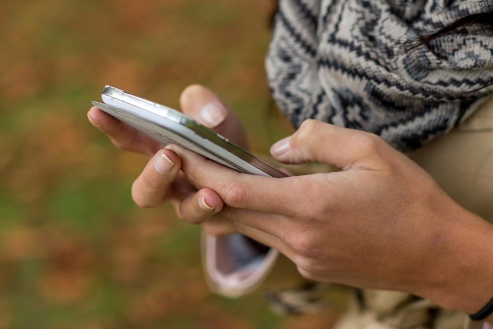utiliser téléphone mobile à l'étranger