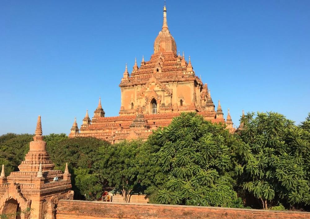 Temple de Htilominlo Bagan Myanmar