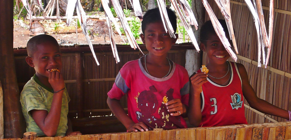 enfants des îles Raja Ampat