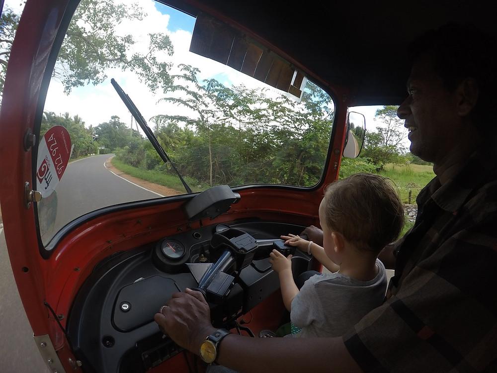 tuktuk Anuradhapura