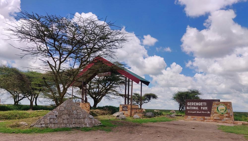 Naabi Hill Gate Serengeti parc tanzanie