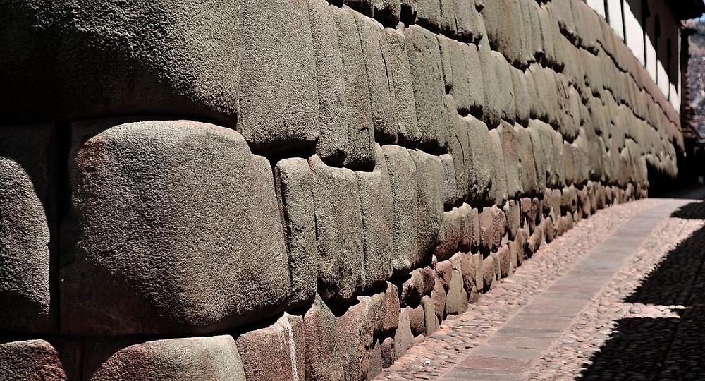 la piedra con doce angulos cusco