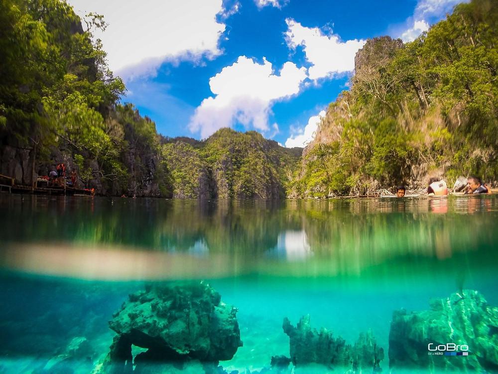 kayangan Coron Palawan sous l'eau