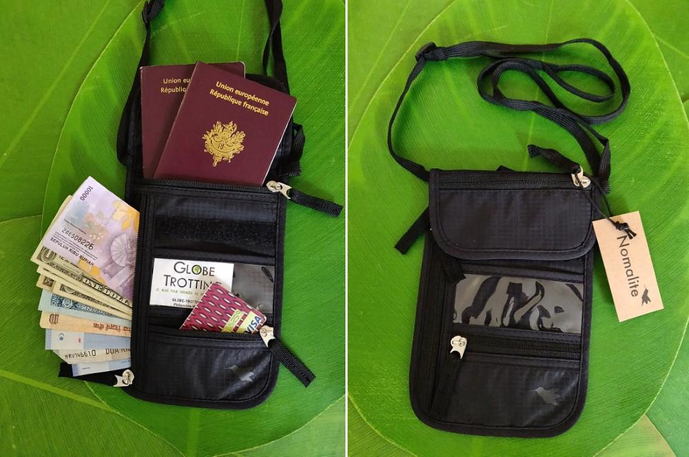 kit voyageur pochette