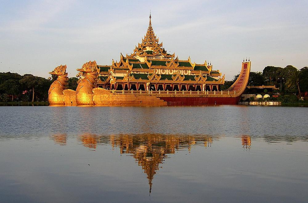 Yangon visite lac Kandawgyi
