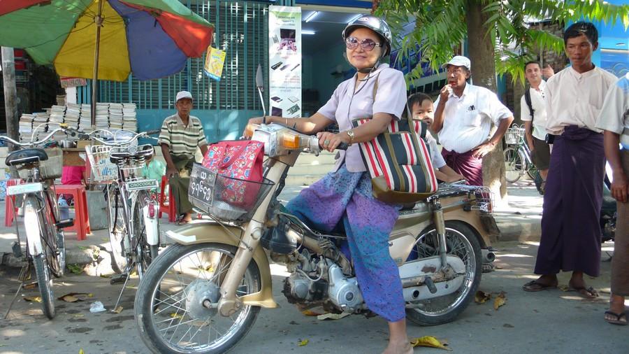 Mandalay moto en Birmanie