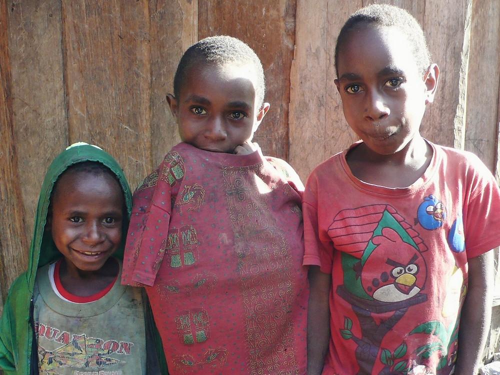 enfants villa papou
