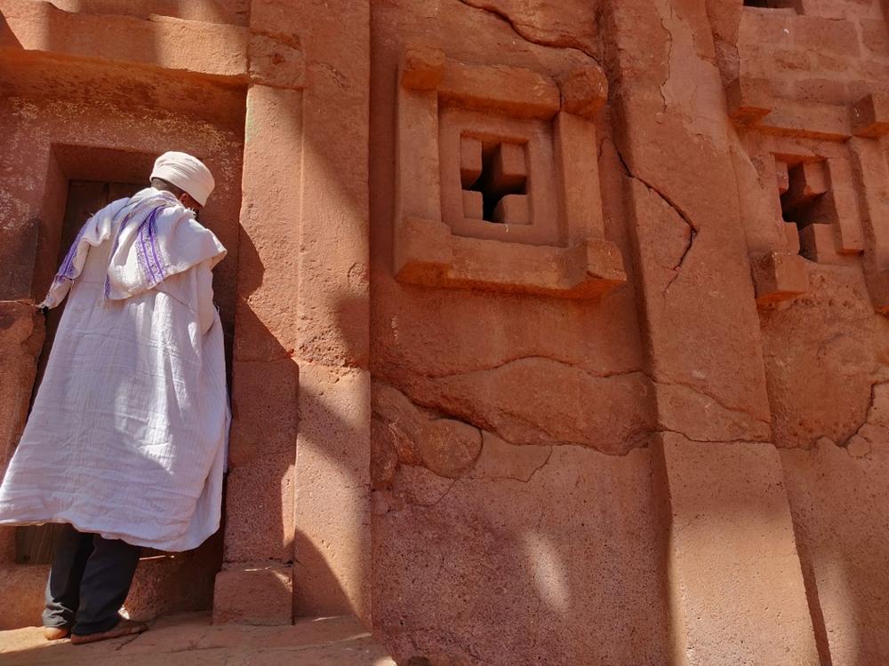 prêtre Lalibela et Bete gyorgis en Ethiopie