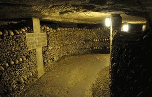 Catacombes de Paris lieu historique France