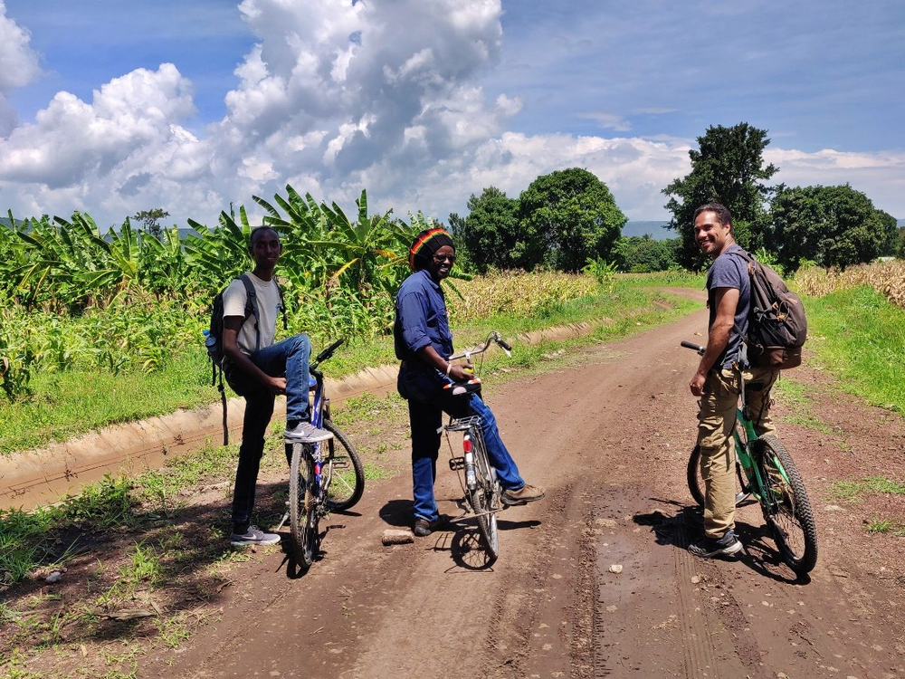 mto wa mbu à vélo