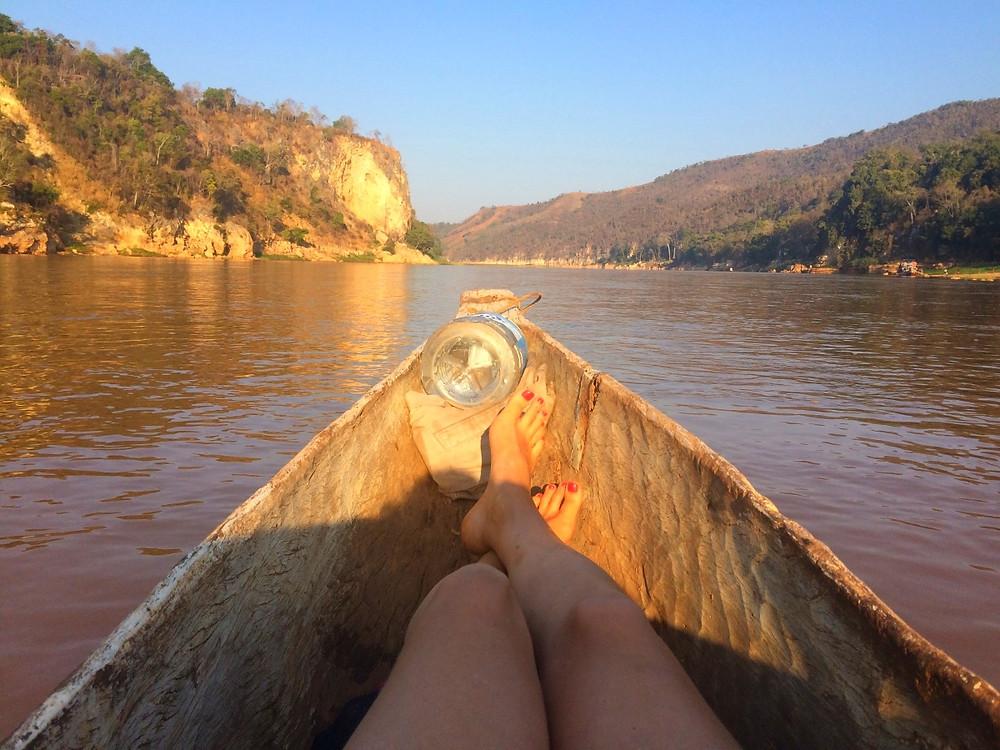 Descente du fleuve Tsiribihina en pirogue, Madagascar